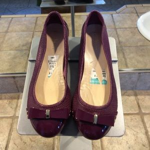 Cole Haan purple flats for Nike Air. Size 7!